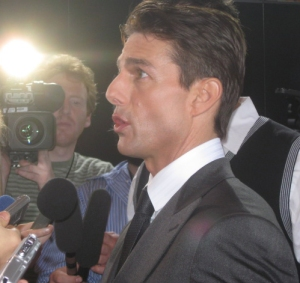 Tom Cruise answering questions from the press.