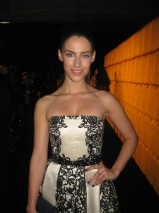 Captivating actress Jessica Lowndes smiles for The Ravi Report