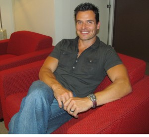 Antonio Sabato Jr. smiles for The Ravi Report